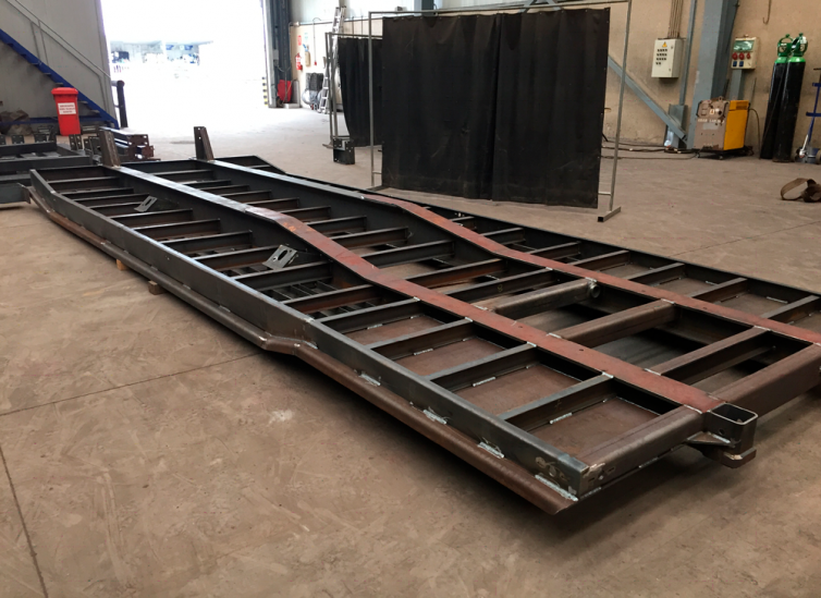 CHASSIS FOR TRUCK TRAILERS