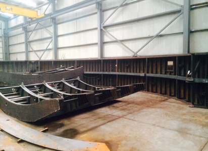 FORMWORK AND CARRIAGE FOR TUNNEL